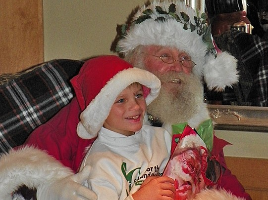 SC School for the Blind and Deaf Student Meets Father Xmas